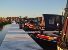 narrowboat-1034251_1280