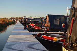 narrowboat-1034251_1280